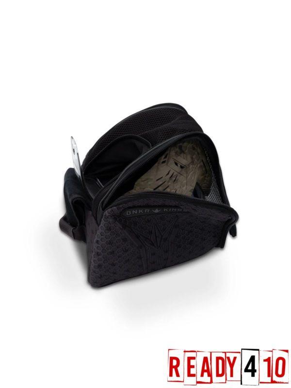 Bunkerkings Supreme Goggle Bag - Royal Black Open